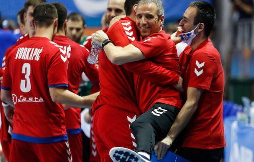 Đerona isprobava nove varijante: Najbolji rukometaši Srbije okupili se na startu EHF nedelje (FOTO)