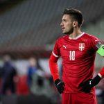 Herojski čin Dušana Tadića: Dres kapitena Srbije prodat na aukciji za pomoć malom Gavrilu (FOTO)