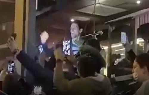Emotivna izjava Novaka i ples sa mamom Dijanom: Znam da vam kidam živce, ali u meni ima još gladi (VIDEO)