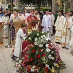 Vernici se OPRAŠTAJU od vladike Atanasija: U Trebinju sahrana episkopa (VIDEO)