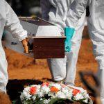 Porasla smrtnost, bolnice PREPUNE: Britanija na drugom mestu u Evropi po broju umrlih od korone