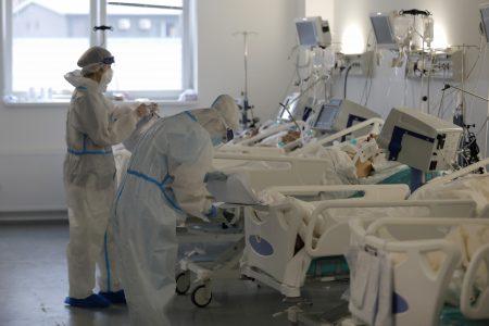 Dečak (4) na RESPIRATORU: Dete zaraženo koronom hospitalizovano u UKC Niš