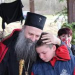 Mali Lazar je patrijarhu rekao najveću ŽELJU: Reči dečaka koji je preživeo zemljotres RASPLAKALE su sve