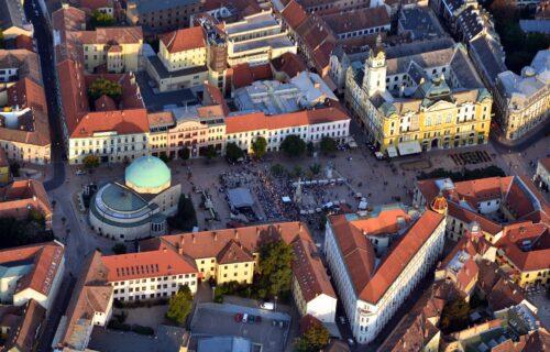 Samo OVAJ grad u Mađarskoj ima džamiju na glavnom trgu, a nekada je bio SRPSKI! (VODIČ)