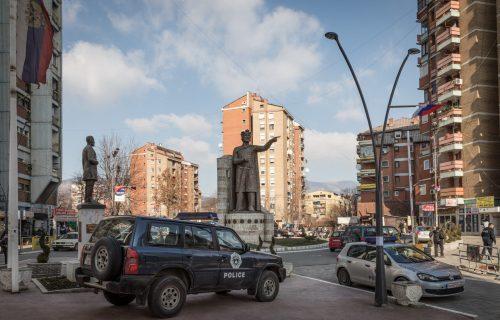 Nov NAPAD na KiM, tri Albanca PRETUKLA Srbina: Oglasili se iz bolnice o zdravstvenom stanju mladića (20)