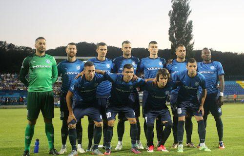 Bivši igrač Partizana rascopao glavu saigraču zbog jagnjetine: Nestvarna povreda u Superligi Srbije!