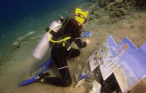 """Ovo sigurno niste znali! Pod vodom može da se SLIKA, snimci """"zapalili"""" društvene mreže (VIDEO)"""