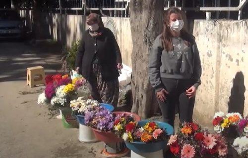 Godinama prodavala cveće na groblju misleći da školuje ćerku, a onda je otkrila BOLNU istinu (VIDEO)