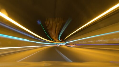 Budućnost je stigla: U ovoj evropskoj zemlji počinje gradnja tunela za električne automobile