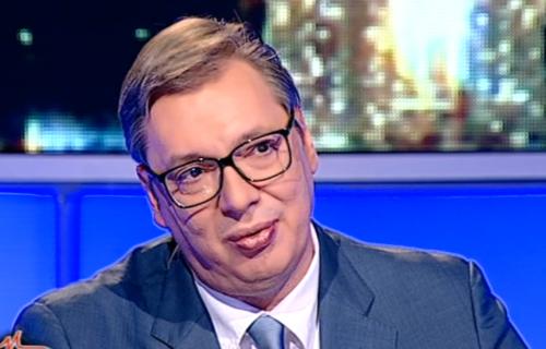 """Predsednik Vučić najavio PAKETE za penzionere: """"Uručićemo ih do petog juna, osnažiće im imunitet"""""""