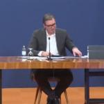 Vučić pokazao TRI KNJIGE: Istina o ubistvu Olivera Ivanovića izlazi na videlo