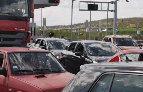 GUŽVA na Sremskoj Rači: Vozila čekaju po 90 minuta, evo kakva je situacija na ostalim graničnim prelazima