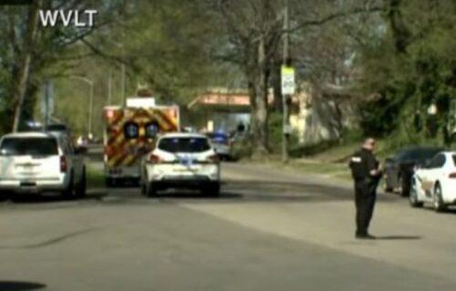 PUCNJAVA u američkoj srednjoj školi: Ubijeno više ljudi, među žrtvama i policajac (FOTO)