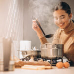 San svake domaćice: Kako da šanse za pucanje jaja, prilikom kuvanja, smanjite na MINIMUM