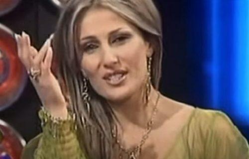 Bila jedna od najpopularnjih pevačica u Srbiji, doživela je TRAGEDIJU, a evo kako danas IZGLEDA (FOTO)