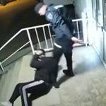 """Policajci PRETUKLI Slavena u Mostaru: """"Ponudio sam da platim kaznu, ali su krenuli da me UDARAJU"""" (VIDEO)"""