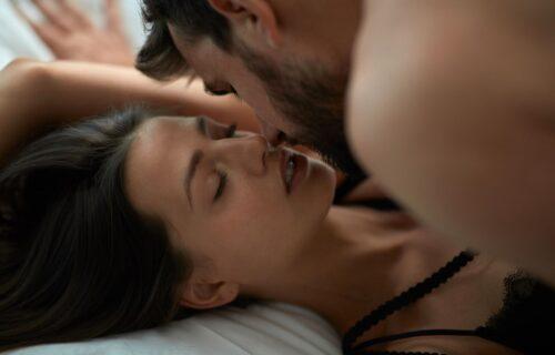 Šaputanje na jastuku, ili prljavi RAZGOVORI: Ono što muškarac priča tokom AKCIJE, mnogo govori o njemu