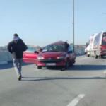 Prva FOTOGRAFIJA s mesta jezive saobraćajne nesreće na Pupinovom mostu: Ima teže povređenih (FOTO)