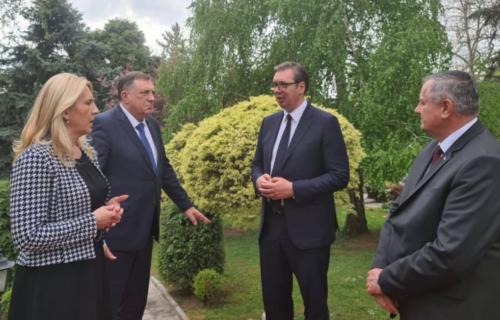 Predsednik sa liderima RS: Vučić razgovarao o bitnim projektima i uputio SNAŽNU poruku građanima Srpske