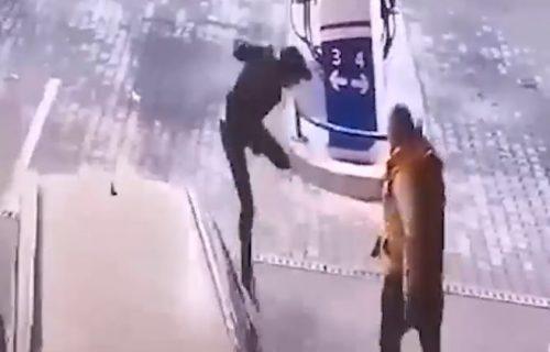 (UZNEMIRUJUĆI VIDEO) Isplivao snimak ubistva Duška Savanovića: Počelo je tučom, a završilo se pucnjavom