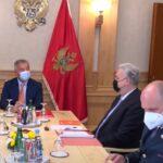 ŠOKANTAN snimak: Krivokapić je za Mila tvrdio da je diktator, a sada se zadovoljno SMEJE sa njim (VIDEO)