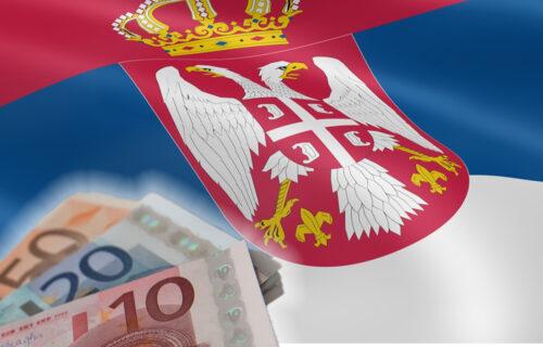 OBOREN rekord: Do 17 časova se za 60 evra državne pomoći prijavilo skoro 1,4 miliona građana