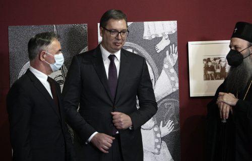Vučić na otvaranju izložbe o Jasenovcu: Biti Srbin u NDH značilo je samo jedno - da si SUVIŠAN!