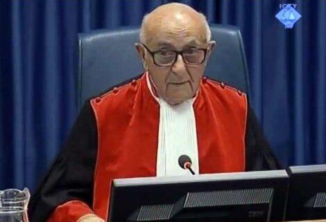 Amerikanci mu davali instrukcije kako da uništi Srbe: Glavni sudija u Hagu je ŠPIJUN CIA