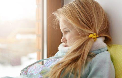 I vaše dete ih OSEĆA: Evo kako promene vremena mogu da utiču na njih