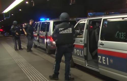 Sprečen TERORISTIČKI napad u Beču: Mladić iz Severne Makedonije hteo da RAZNESE katedralu?