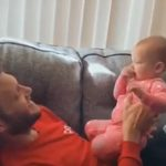 Beba naučila sa godinu dana da se SAVRŠENO sporazumeva sa gluvonemim tatom (VIDEO)