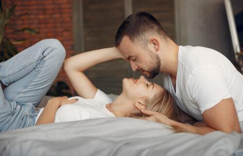 Kako da se ON zaljubi u vas: 4 stvari koje PRIVLAČE muškarce kao magnet