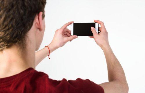 """""""Nevidljiva"""" kamera: Proizvođači telefona uvode novi trend"""