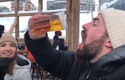Dobio ZALEĐENO pivo, pa se igrao s njim, a onda se izblamirao za sve pare (VIDEO)