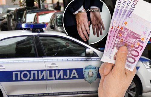 Akcija policije u Novom Sadu: UHAPŠENI prevaranti, sumnjiče se za mito i korupciju