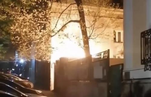 POŽAR u centru Beograda: Gorela čuvena zgrada u Francuskoj ulici (VIDEO)