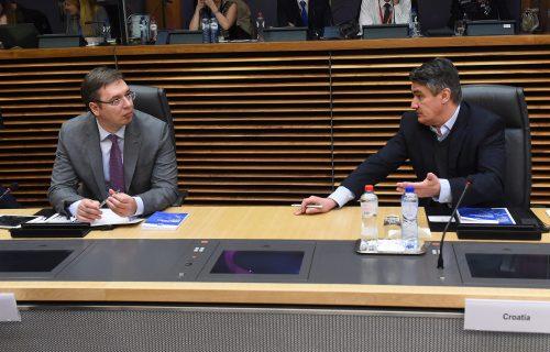 Hrvatski predsednik stao u odbranu srpskog: Priča o povezanosti Vučića sa non-pejperom prevazilazi maštu