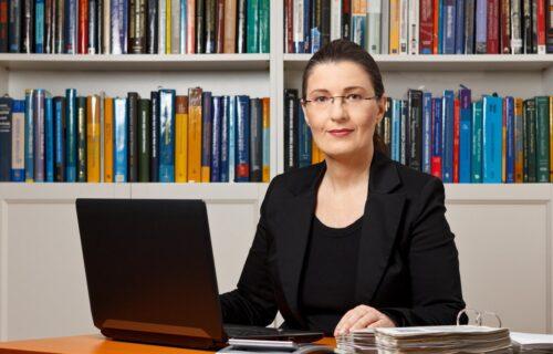 Profesorka iz Hrvatske tražila učeniku nešto SRAMOTNO: Roditelji se odmah pobunili, reagovalo ministarstvo