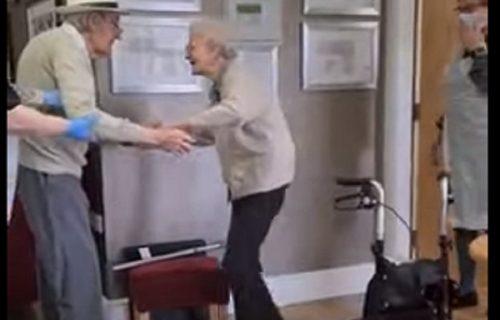 U braku su 67 godina, nisu se videli osam meseci, a njihov susret mnogima je naterao suze (VIDEO)