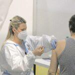 Ko se vakciniše dobije 30.000 dinara: Kako se motivišu radnici u Srbiji?