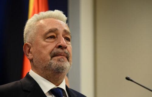 Opšti HAOS u Crnoj Gori: Krivokapić pljunuo na Srbe, pa POBEGAO iz sale - stigao mu brutalan odgovor