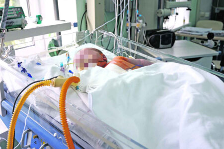Traje BORBA ZA ŽIVOT: Poznato u kom stanju se nalaze beba i dvoje tinejdžera priključenih na respiratore