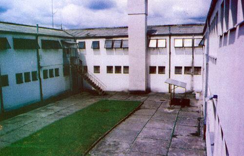 Treći dan posle velikog bekstva iz zatvora u Kruševcu: SUSPENDOVANA 4 čuvara zatvora zbog propusta
