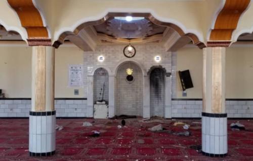 (UZNEMIRUJUĆI FOTO) Horor u Avganistanskoj džamiji: U eksploziji poginulo 12 ljudi, uključujući i imama