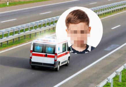 """POZNATO stanje dečaka koji je upao u septičku jamu u Dobanovcima: """"NIJE davao znake života"""""""
