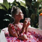 LAV planira finansijske poteze čak i dok spava, DEVICA se kupa u privremenoj zaljubljenosti