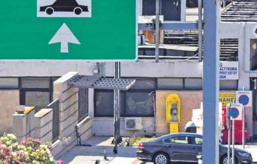 Haos na GRANIČNIM PRELAZIMA: Putnička vozila čekaju po nekoliko sati, teretnjaci šest