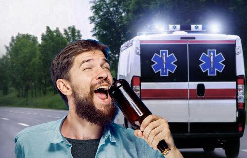 Banjalučanin IZMAMIO OSMEH: Udario se flašom po glavi jer ga je pogodila pesma, pa završio u bolnici
