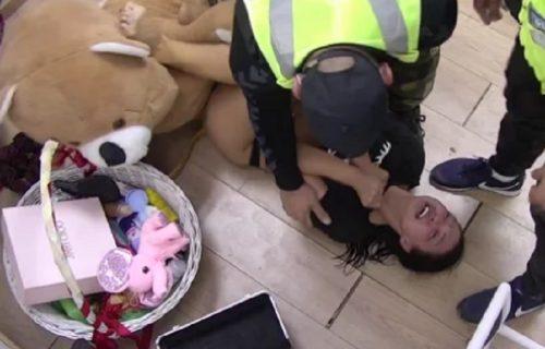 Novi HAOS Maje i Janjuša: Marinkovićeva histerisala, pa UDARILA glavom u vrata i pala na pod (VIDEO)