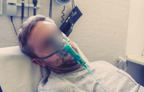 STRAVIČNA ispovest Peđe (21) koji je na respiratoru imao KOŠMARE: Ni nakon 10 meseci ne može bez lekova